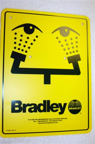 BRADLEY 114-051: SAFETY SIGN EYE-WASH
